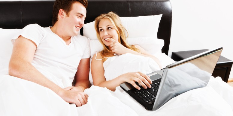 couple-watching-porn